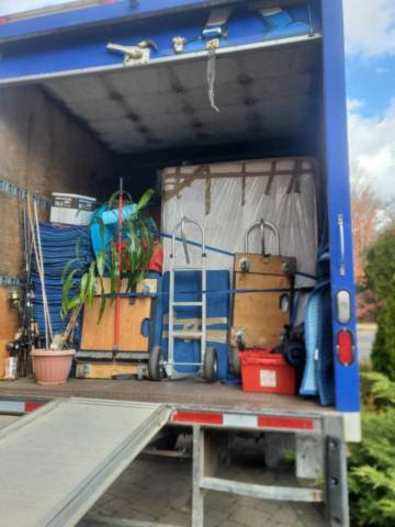 Planning a yard sale   House movers in Toronto